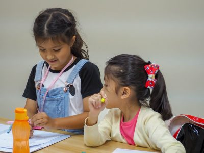 Primary 2 English tuition class at Creativedge Learning